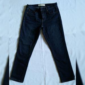 NWOT- Women's Gap Best Girlfriend Jeans Size 26